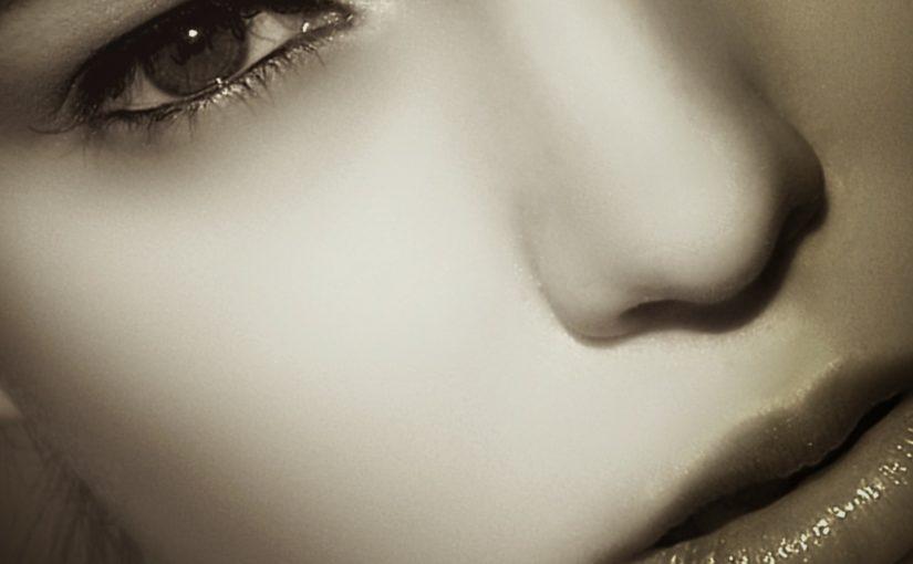 Kiedy korygować wygląd nosa?